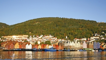 Bergen_and_its_harbornorway_featured_small