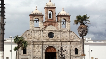 Riobamba_in_ecuador_featured_small